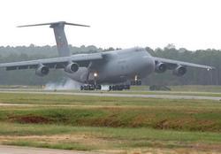 Lockheed C-5 Galaxy Военно-транспортный самолет