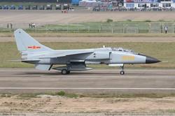 JH-7 Flying Leopard Фронтовой бомбардировщик