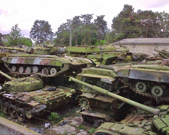 http://military-informant.com/wp-content/uploads/2011/01/utiltanks.jpg