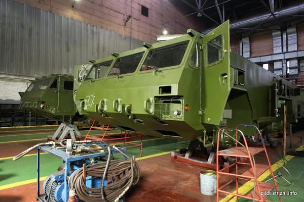 Производство шасси МЗКТ-6922