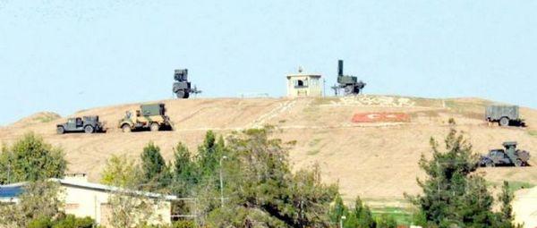 Турецкая бронетехника на границе с Сирией