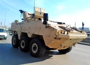 БТР ARMA 6х6 в пустынном камуфляже