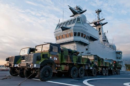 L 9015 Dixmude (с) ВМС Франции