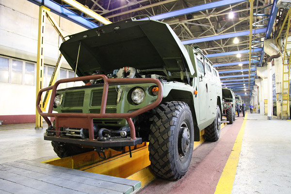 Сборка ГАЗ-233114 Тигр-М (c) vitaly.livejournal.com