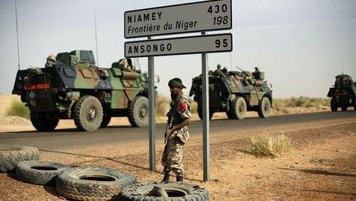 В направлении границы Нигера (c) AP