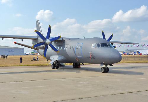 Ан-140-100 (RA-41258) (c) ttweak.livejournal.com