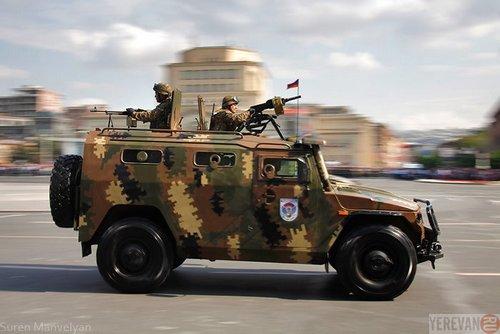 Бронеавтомобиль Тигр ВС Армении