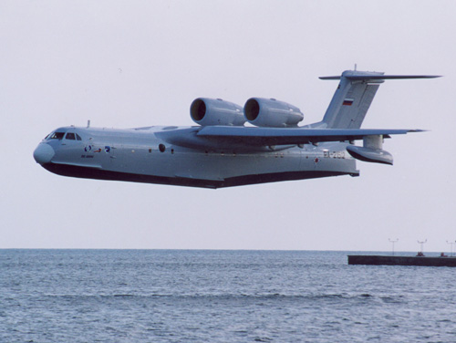 Бе-200ЧС за секунды до посадки (c) beriev.com