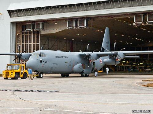 C-130J ВВС Туниса