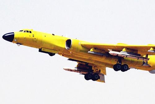 тяжелый бомбардировщик Xian H-6K