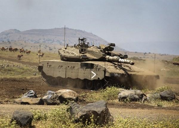Израильские танки выведены на Голаны | Фото: AFP