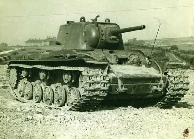 Танк КВ-1 на испытаниях в США