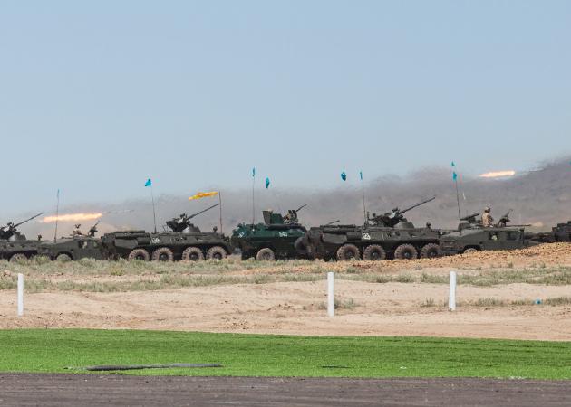 боевой парад вооруженных сил Казахстана (c) kapital.kz