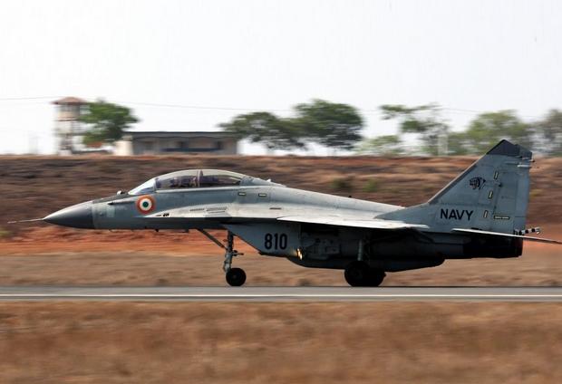 МиГ-29КУБ (c) livefist.blogspot.com