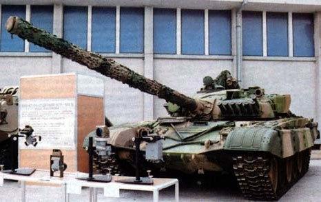 Танк Т-72А на испытаниях в Перу