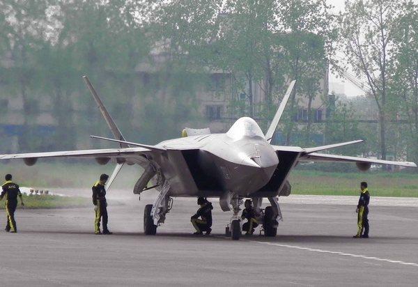 Chengdu J-20 Могучий орел
