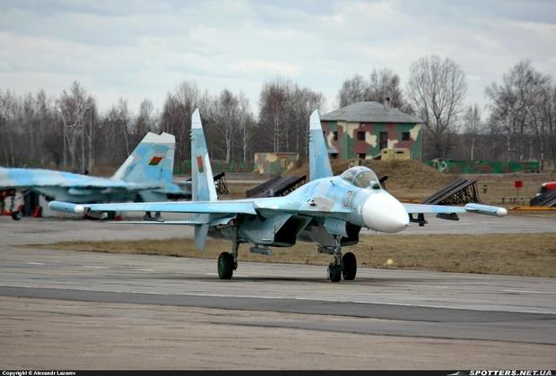 Су-27 ВВС Беларусии (c) spotters.net.ua