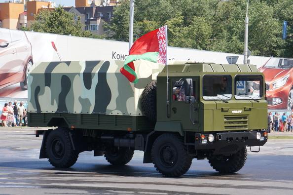 грузовик МЗКТ-5002 (с) www.com-drive.com