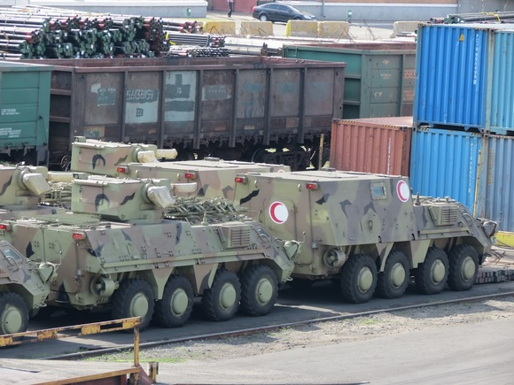 БТР-4 в порту