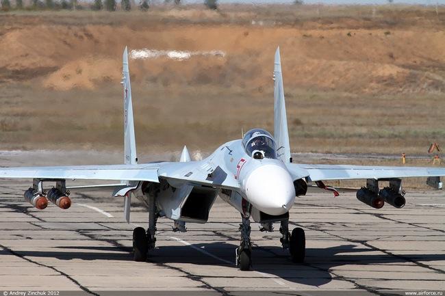 Су-27 (c) Андрей Зинчук