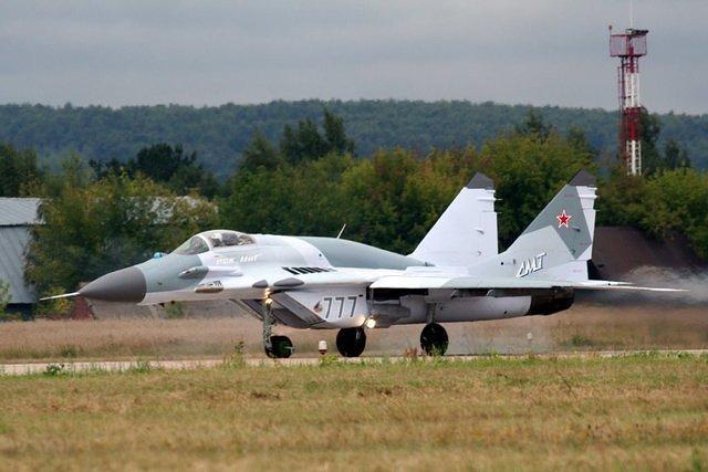МиГ-29 ВВС РФ (c) www.ruwings.ru