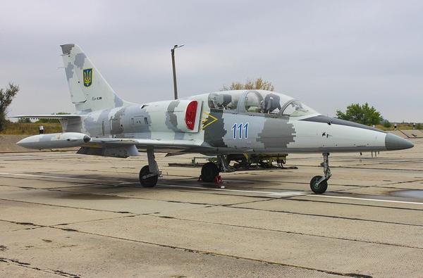 Л-39 ВС Украины (c) Artur Bogatirev spotters.net.ua