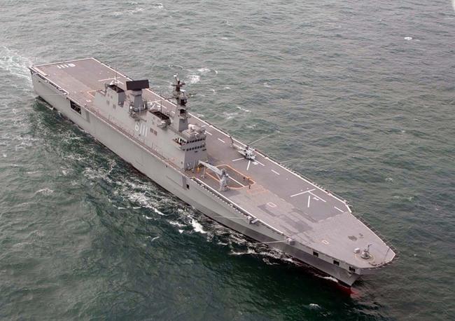 Десантный корабль класса Токто