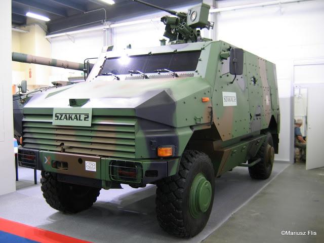 БТР SZAKAL-2