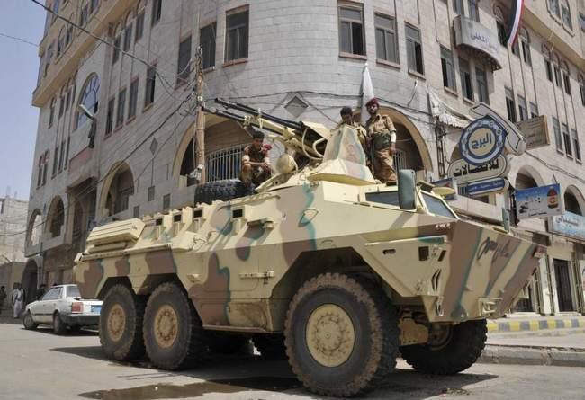 Ratel с БАУ-23х2 ВС Йемена (с) Hani Mohammed