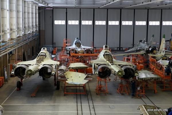 Бывшие индийские истребители Су-30К  (c) Сергей Кузнецов / pilot.strizhi.info