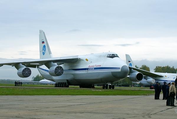 Ан-124  (c) migalovo.com