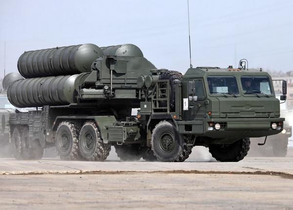 зенитно-ракетная система С-400