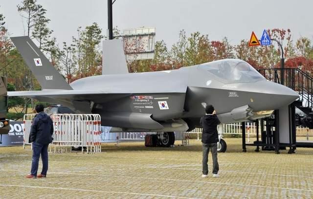 Макет F-35A ВС Южной Кореи