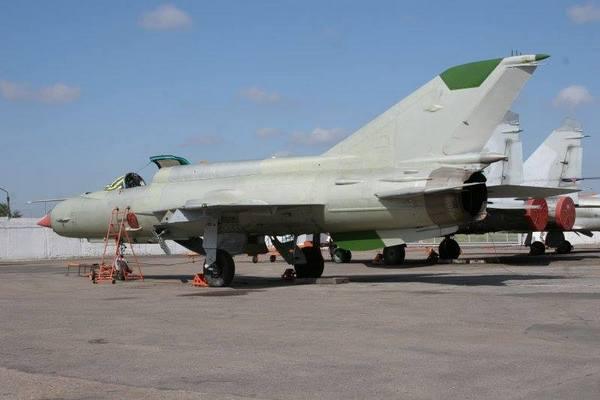 МиГ-21бис на территории ГП Одесавиаремсервис