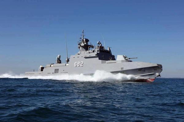 Головной построенный для ВМС Египта малый ракетный корвет S. Ezzat