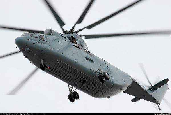 Транспортный вертолет Ми-26  (c) russianplanes.net