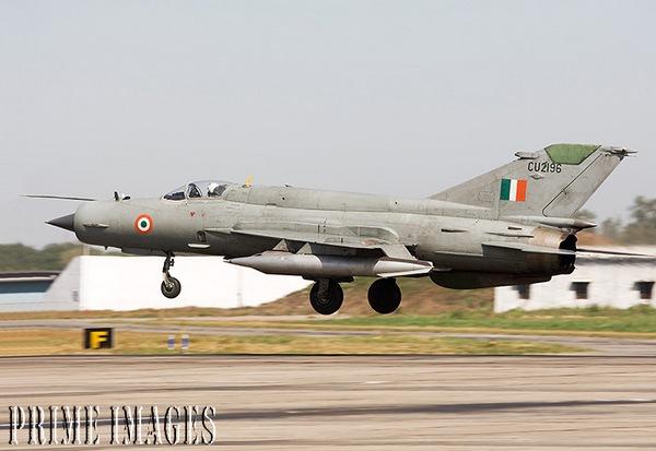 МиГ-21 ВВС Индии (c) www.aex.ru