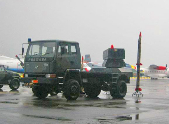 РСЗО PLM 861 с реактивным снарядом R-han 122