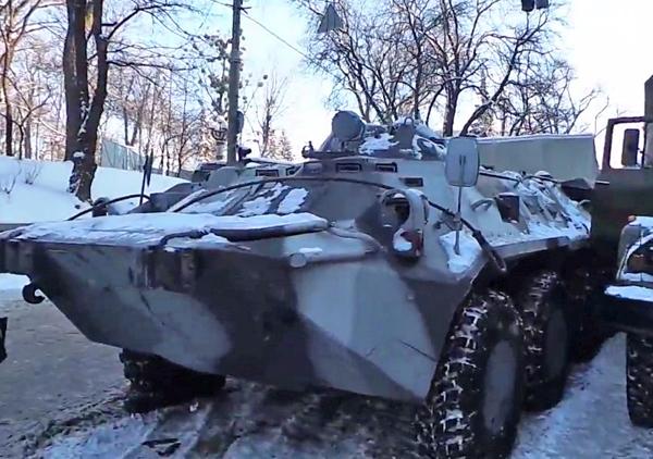 БТР-80 на ул. Грушевского