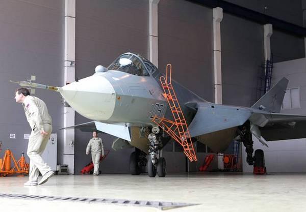 Истребитель Т-50 (c) www.arms-expo.ru
