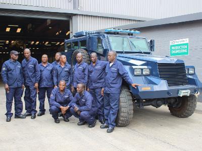 Миноустойчивый автомобиль Springbuck (с) www.defenceweb.co.za