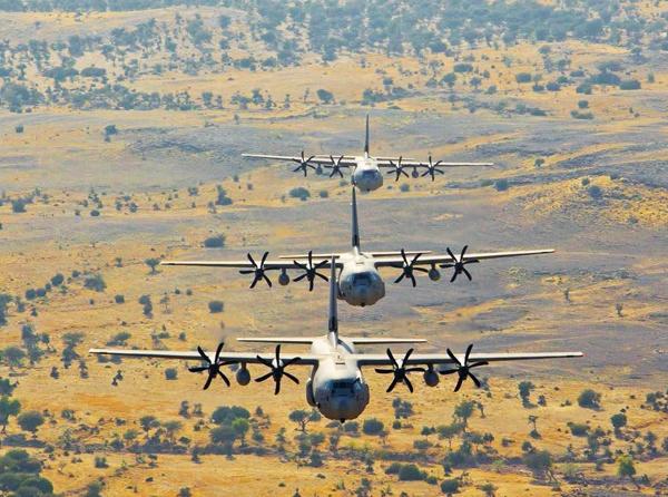 Lockheed Martin C-130J-30 Super Hercules из состава 77-й эскадрильи ВВС Индии