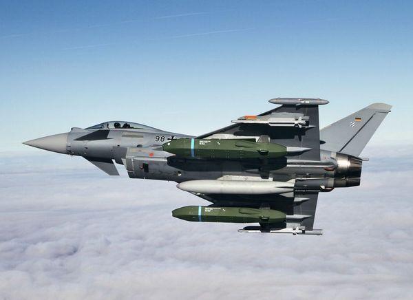 Taurus KEPD-350 на самолете Eurofighter Typhoon
