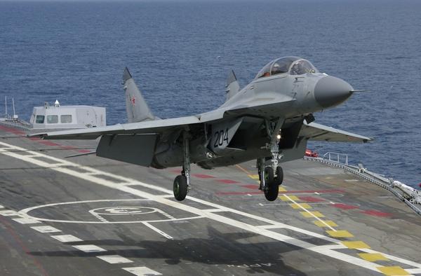 МиГ-29К (c) www.artleo.com