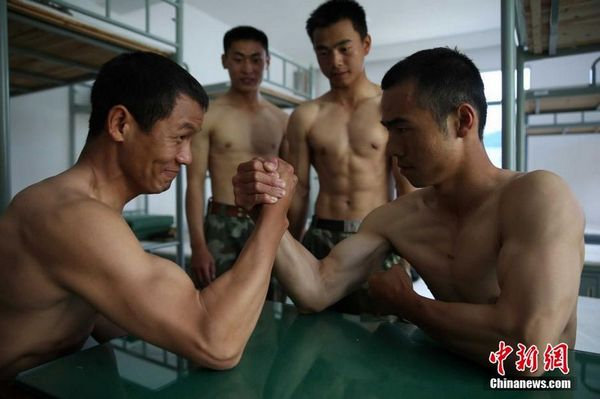 китайские солдаты спецназа