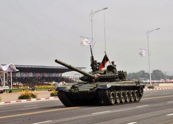 Т-72АВ вооруженных сил Демократической Республики Конго  (c) AP