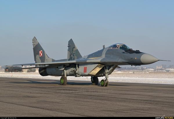 МиГ-29А ВВС Польши (c) www.airplane-pictures.net