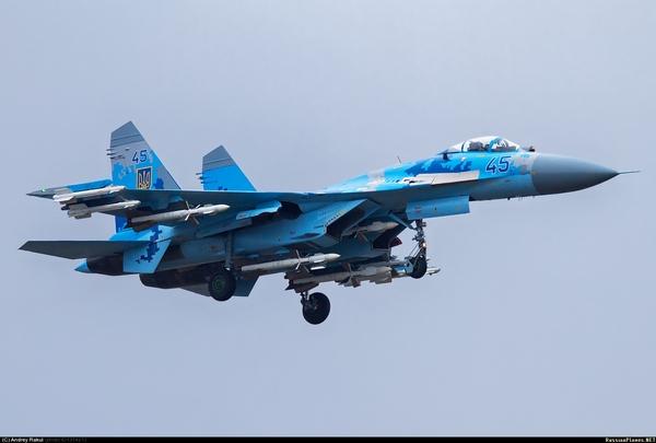 (c) Андрей Ракул / russianplanes.net
