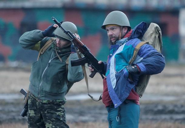 Национальная гвардия Украины учится воевать (c) Русская служба BBC