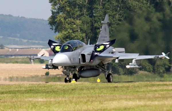 Gripen (c) air-attack.com
